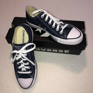 Converse All Stars Low Chuck Taylors Unisex